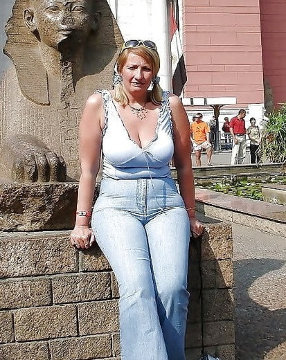 Volle vrouw zoekt geile kerels